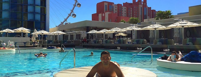 The POOL at the LINQ is one of Las Vegas.