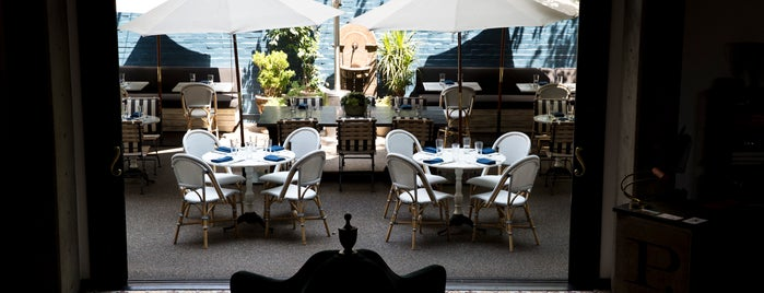 Palihouse Courtyard Brasserie is one of Posti salvati di Zach Aarons.