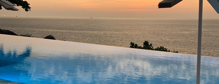 Kata Rocks Luxury Resort & Residences is one of Alex'in Kaydettiği Mekanlar.