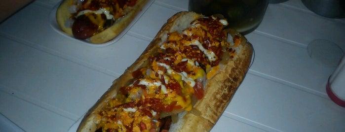 Central Hotdogs y Hamburguesas is one of Dame de tragar, Bartola!.