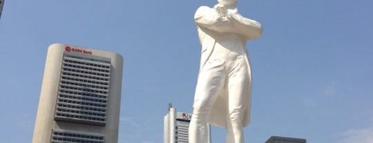 Sir Stamford Raffles Statue (Raffles' Landing Site) is one of Must Vst Place @ SG.
