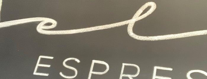 Felici Espresso Bar is one of Lauren'in Kaydettiği Mekanlar.