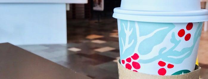 Starbucks is one of Locais curtidos por Dale.
