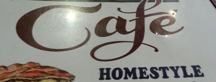Country Cafe is one of Lake Wauwanoka.