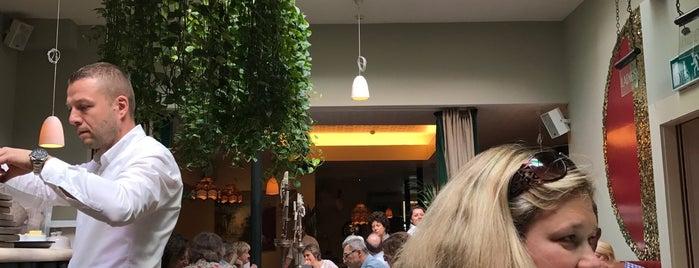 Eden Bar & Grill is one of Locais curtidos por Will.