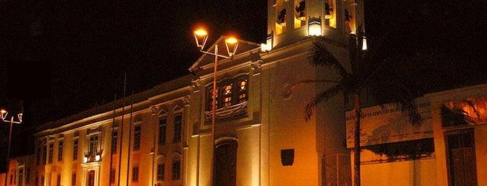 Mosteiro São Bento is one of Locais curtidos por Carina.