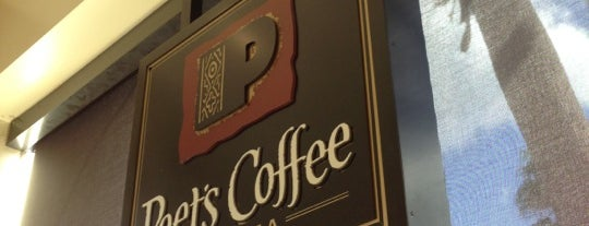Peet's Coffee & Tea is one of Karen'in Beğendiği Mekanlar.