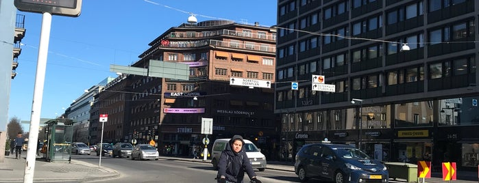 Happy Foodstore is one of Stockholm Life.