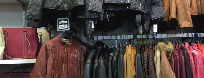 Wilsons Leather Outlet is one of New trip - Compras.