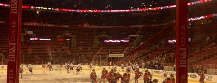 BB&T Center is one of Tempat yang Disukai Addie.