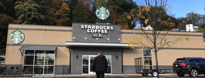 Starbucks is one of Lieux qui ont plu à Garrett.