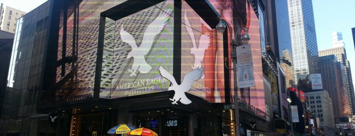 AEO & Aerie Store is one of NEW YORK CITY : Manhattan in 10 days! #NYC enjoy.