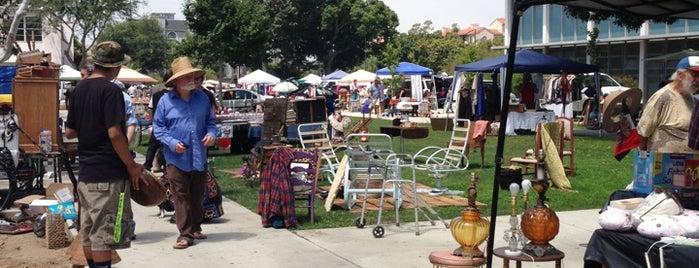 Venice High Flea Market is one of LA Vintage.