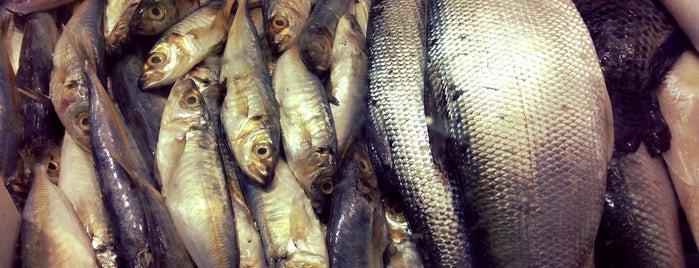 Karama Market is one of Posti salvati di JOY.