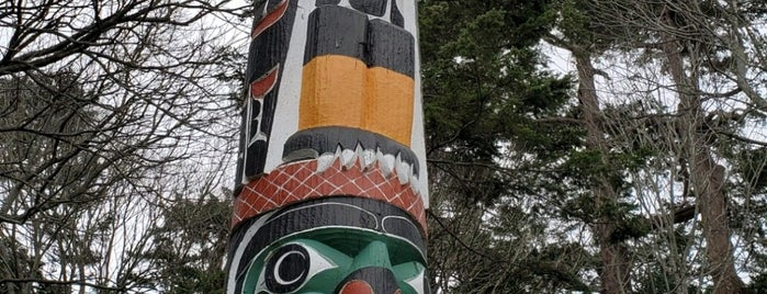 World's Tallest Totem Pole is one of Victoria things to do.