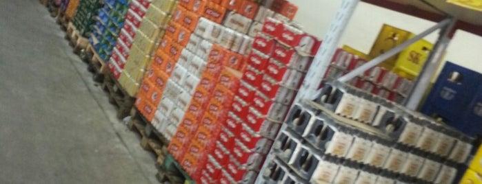Mil Graus Bebidas is one of Locais curtidos por Anderson.