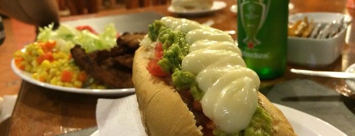 Peppo Restaurant, Carnes Y Parrilladas is one of สถานที่ที่ Caro ถูกใจ.