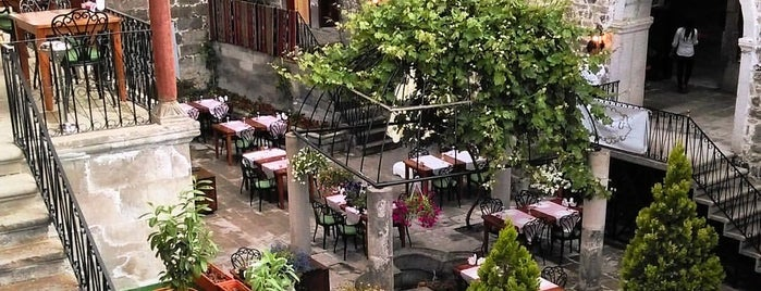 Avlu Restaurant is one of Kayseri.