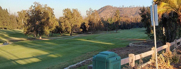 Harding Golf Course is one of Locais curtidos por Brandon.
