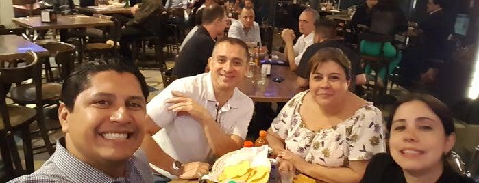 Cervecería de Barrio Cuauhtemoc is one of Posti che sono piaciuti a Fabricio.