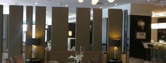 DoubleTree by Hilton is one of Lieux qui ont plu à Ozgun.