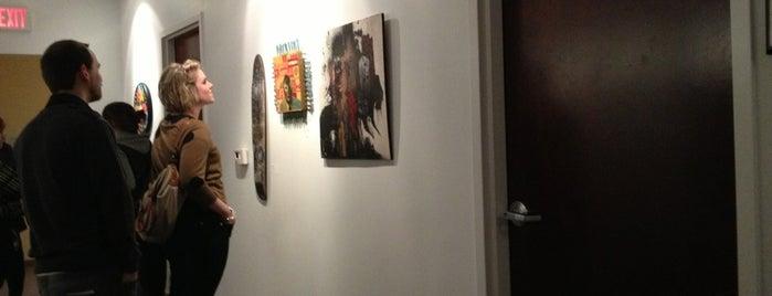Gallery U is one of Orte, die Chrissy gefallen.