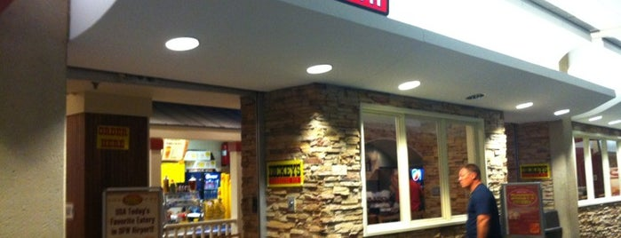Dickey's Barbecue Pit is one of สถานที่ที่ Neel ถูกใจ.
