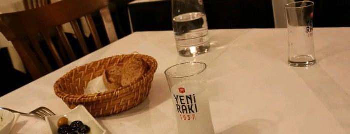 Kireçburnu Balıkçısı is one of J'adore Sea Food.