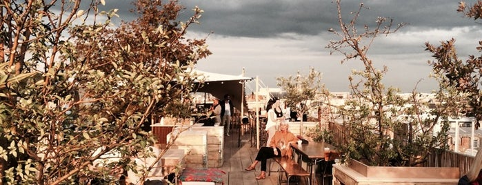 Le Perchoir du Marais is one of TERRASSE / ROOF [ PARIS FRANCE 75 ] ⬅⬅.