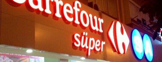 CarrefourSA Süper is one of Gözdeさんのお気に入りスポット.