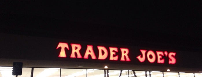 Trader Joe's is one of Lieux qui ont plu à John.