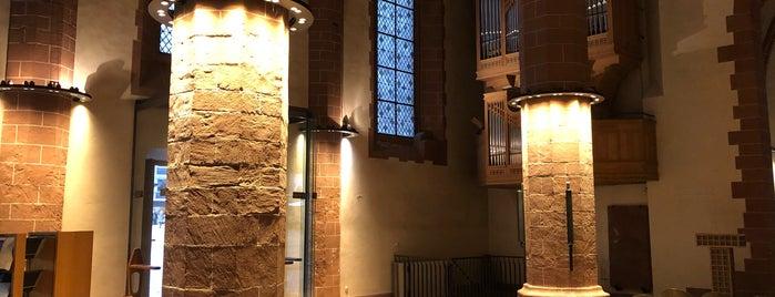 Alte Nikolaikirche is one of Around The World: Europe 1.