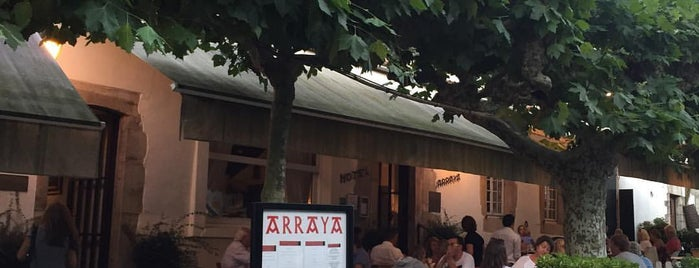 Hotel Arraya is one of Restaurants.