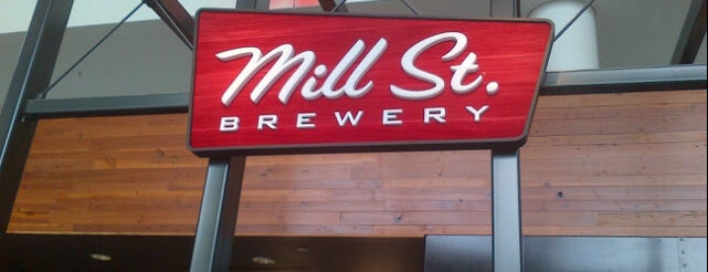 Mill St. Brew Pub is one of สถานที่ที่บันทึกไว้ของ Baldy.