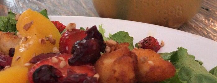 Helarte Latte is one of Locais curtidos por Francisco.