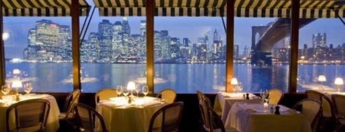 The River Café is one of Romantic Spots in NYC.