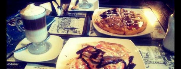 El Cafe De Lukas is one of Bares, restaurantes y otros....