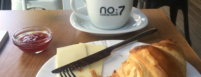 No:7 Coffee House is one of Tempat yang Disukai Merve.