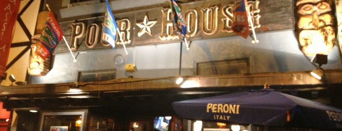 The Pour House is one of MUNDO À FORA.