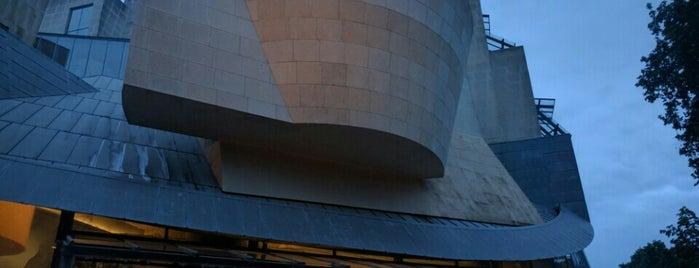 La Cinémathèque Française is one of Paris.