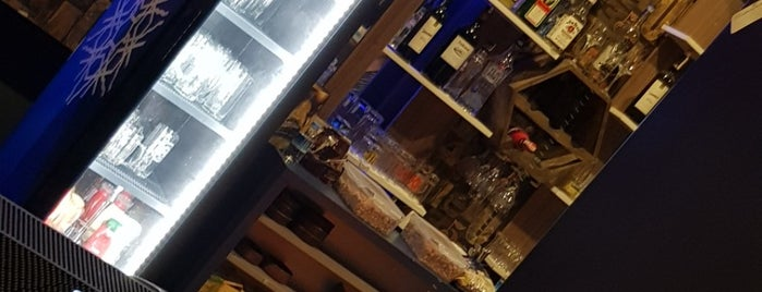Keyifli Bi Pub is one of Ferhat'ın Beğendiği Mekanlar.