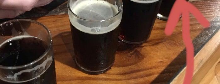 Cypress & Grove Brewing Company is one of สถานที่ที่ Sarah ถูกใจ.