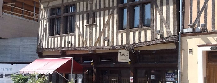 Tratoria is one of Yummy in Troyes.