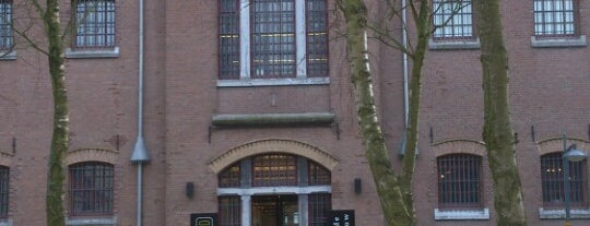 Museum van de Twintigste Eeuw is one of Museums that accept museum card.