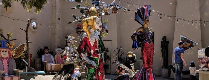 San Diego Sculptors Guild is one of Locais curtidos por Kelly.