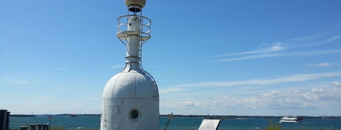 Buffalo Breakwater Old Bottle Light is one of Lighthouses of Lake Erie.