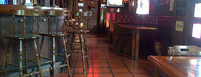 Cunningham Irish Pub is one of Lugares guardados de Aline.