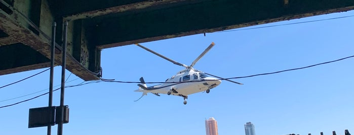 East 34th Street Heliport (TSS) is one of Airports of the World.