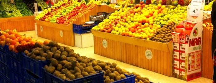 Makro Market is one of Füsun: сохраненные места.