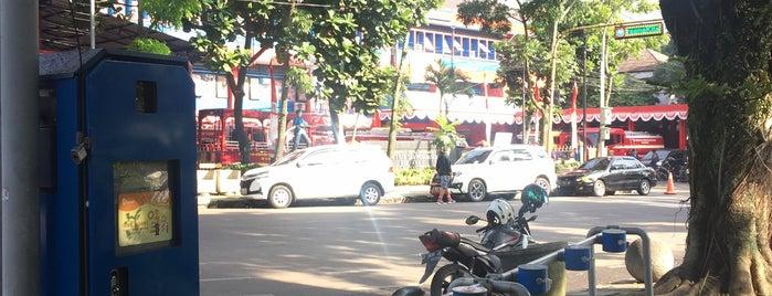 Boseh Gedung DPRD Kota Bandung (inactive) is one of Bike On Street Everybody Happy (boseh).